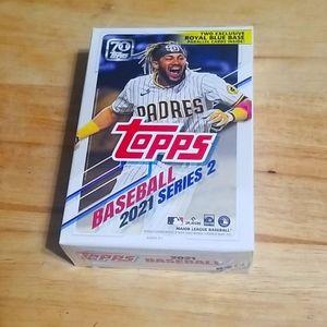 2021 Topps Series 2 baseball hanger box - 67 cards